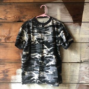 BOGO Old Navy Size Large Camouflage T-shirt